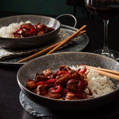 Booths Tamarind & Soy Chicken & Vegetable Stir Fry Meal Kit
