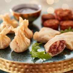 Booths Oriental Duck Selection with Hoisin Dip