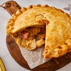 Booths Cumbrian Chicken, Dry Cured Ham & Leek Pie