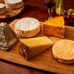 English Premium Cheese Selection