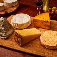 English Premium Cheese Selection